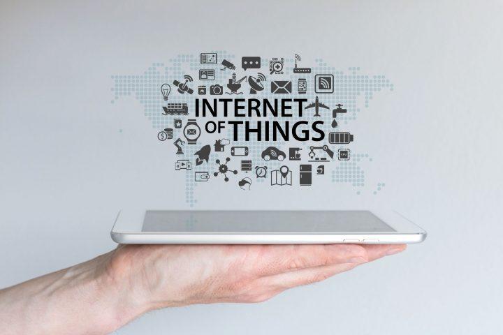 MQTT protocol minimizes network bandwidth for the internet