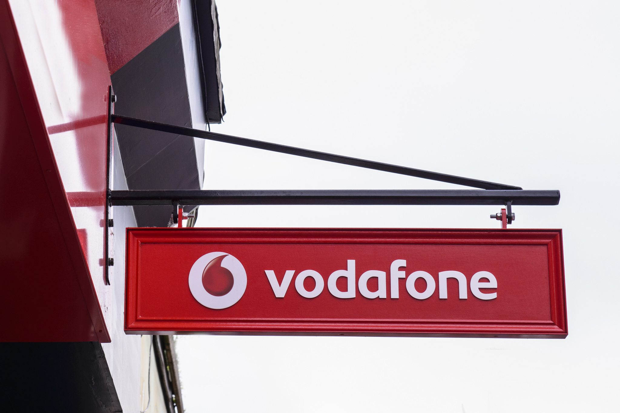 Ericsson, Vodafone launch commercial 5G services in Ireland