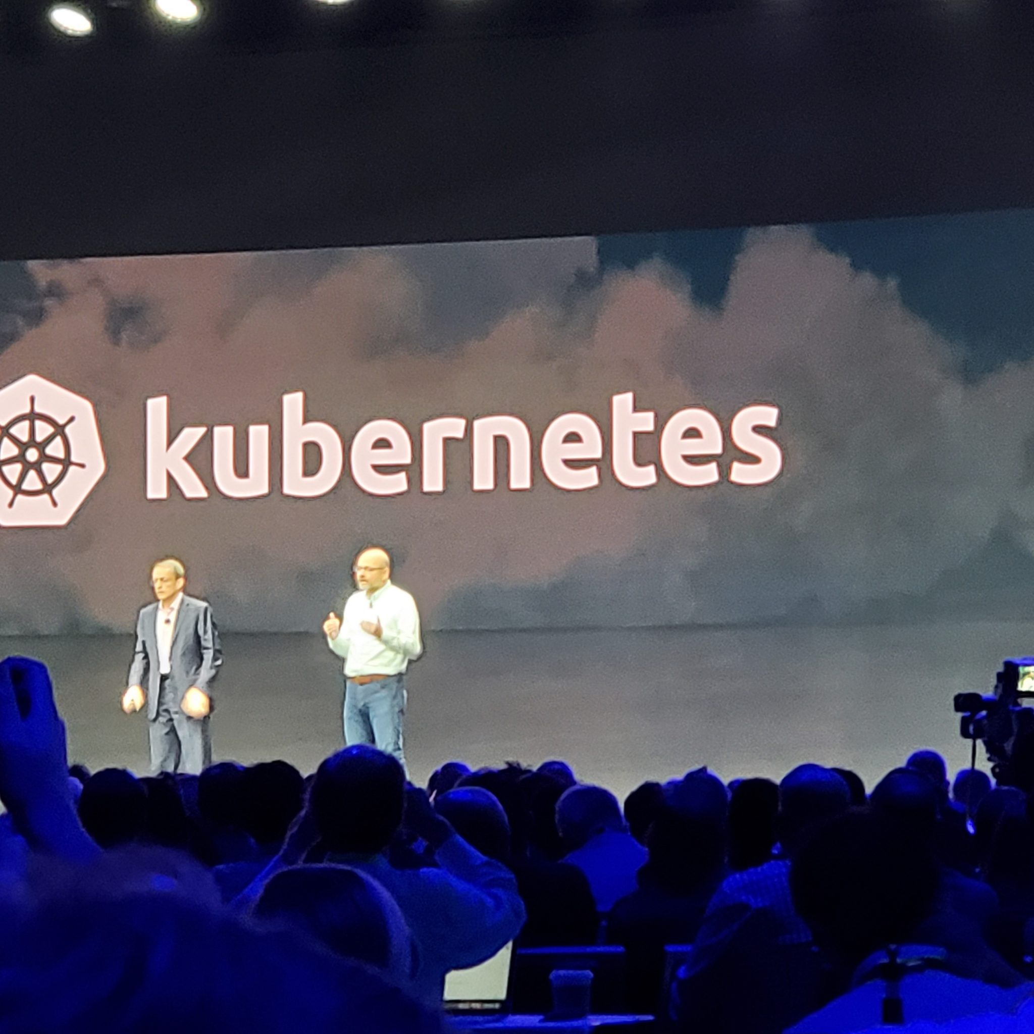 Build, run, manage: VMware CEO lays out Kubernetes strategy